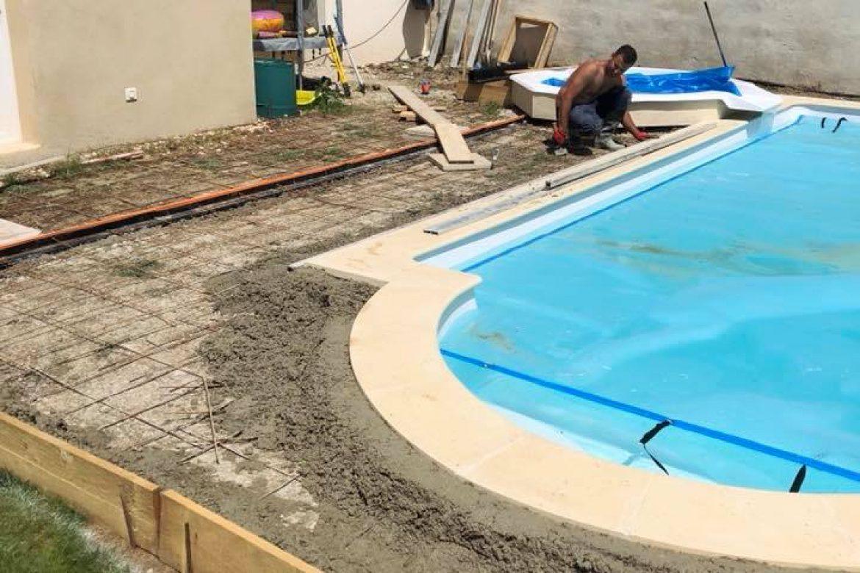 dalle-beton-terrasse-piscine-gard
